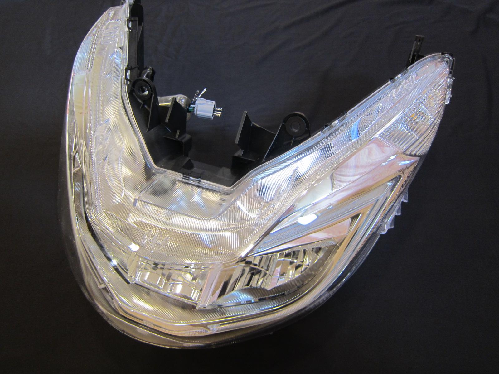 新型pcxの純正ledヘッドライトを分解してみました クロライト ブログ